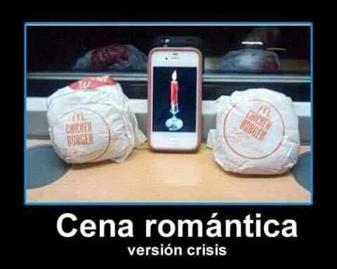 Cena Romántica en Crisis